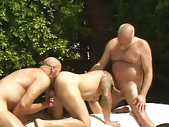 Bear dilf sucks old gay and licked by boyfriend by pool
