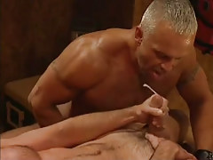 Hairy muscle dilf cums in orgy